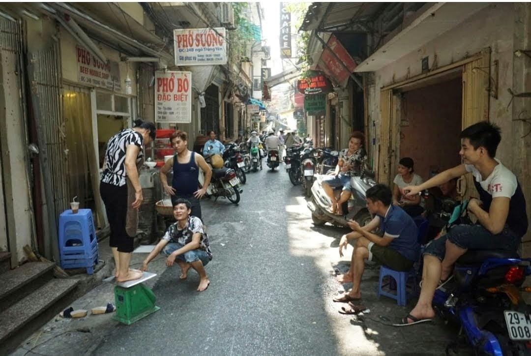 Hanoi Backstreet Motorbike Tours