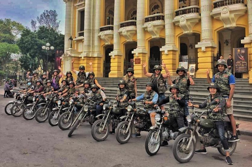 Hanoi Backstreet Tours, Hanoi motorbike tour, Hanoi motorbike city tour, Hanoi food tours motorcycle, Hsnoi motorcycle tours, Hanoi Vespa Tours, Hanoi Scooter tours, Hanoi Jeep tour