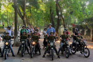 "2.5 HOURS HANOI ""MORNING IN THE LIFE"" & FUN ON VINTAGE MOTORBIKE – HBT7"