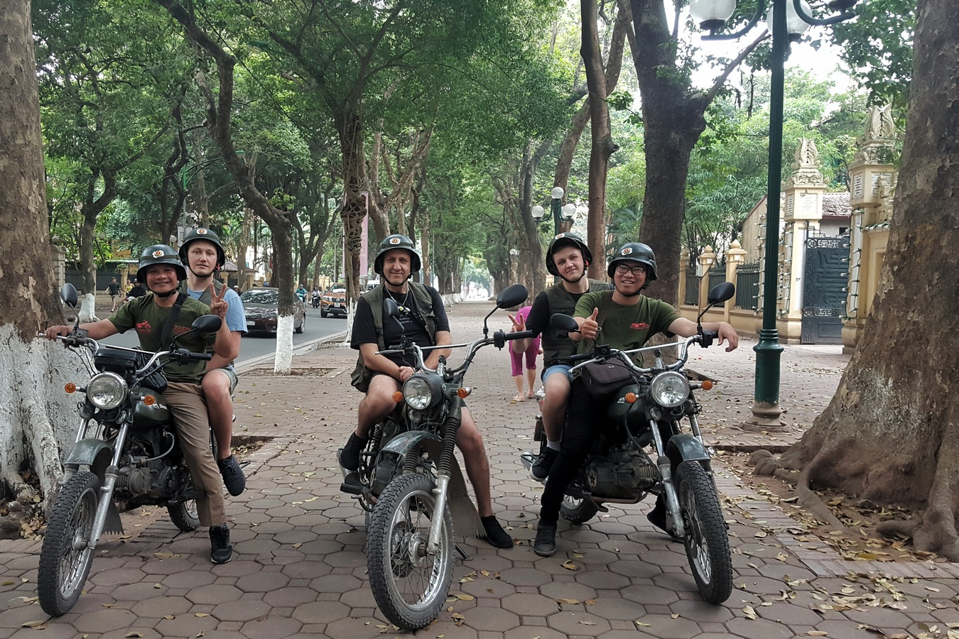 HANOI SCOOTER TOURS – FOOD, CULTURE, SIGHT & FUN: 4.5 HOURS
