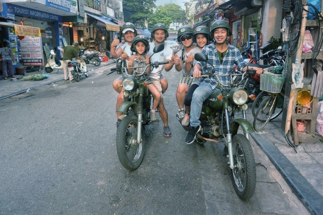 HANOI MOPED TOURS – FOOD, CULTURE, SIGHT & FUN – 4.5 HOURS