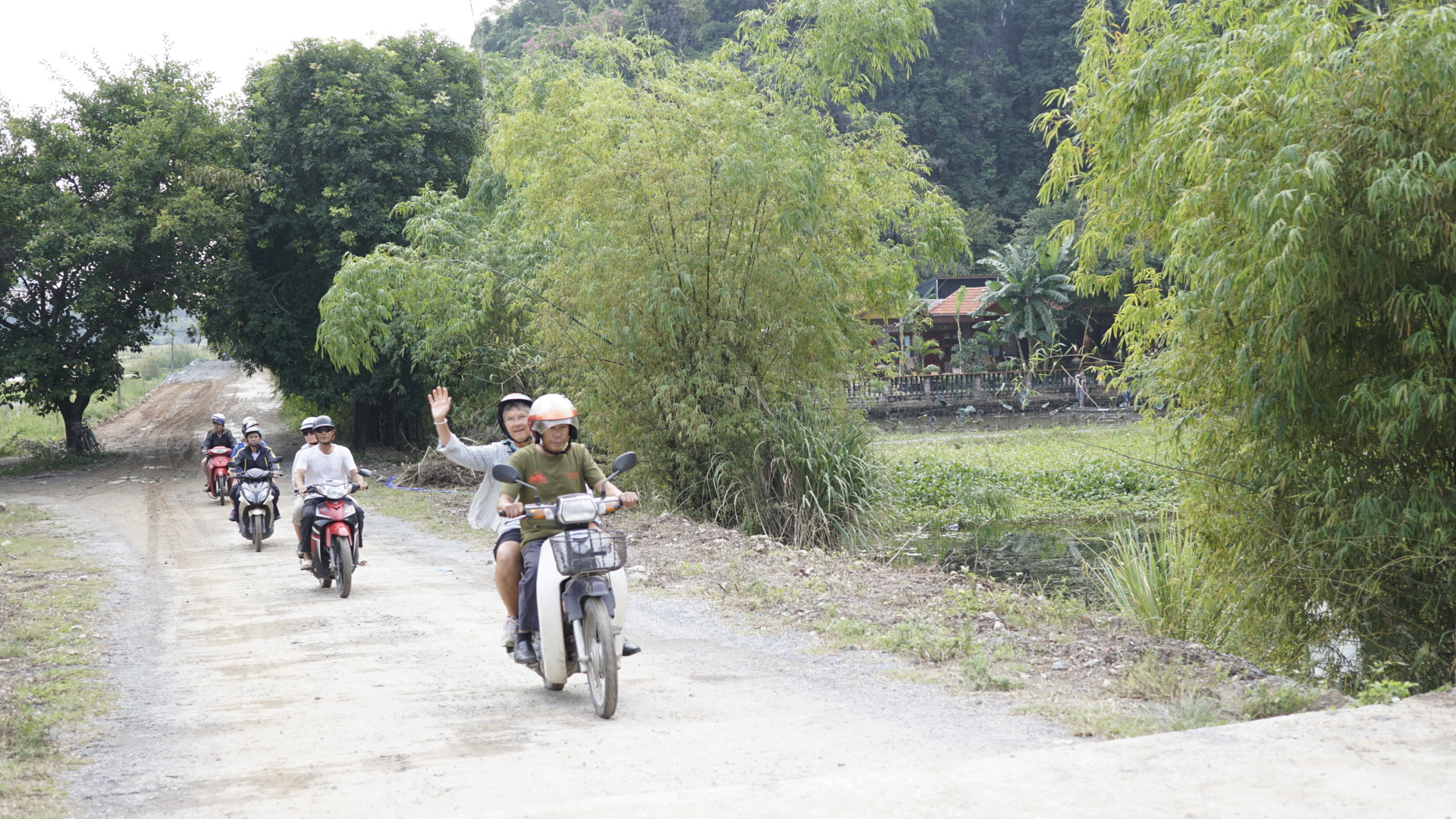 Ninh Binh Countryside motorcycle tours -
