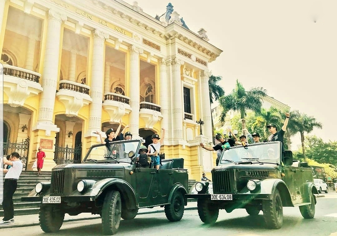 VIETNAM BACKSTREET TOUR – LOCAL TOUCH, LOCAL FOOD, AND LOCAL CULTURE BY GAZ69 JEEP