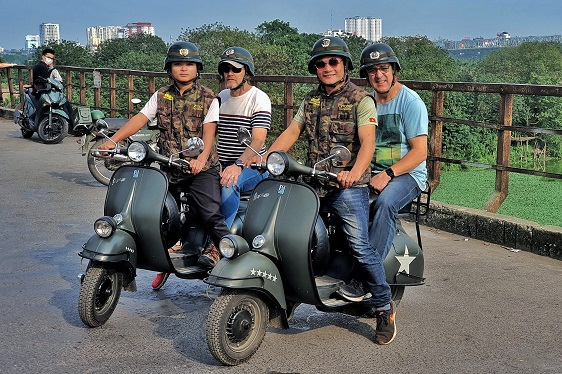 Hanoi Vespa Food Tours