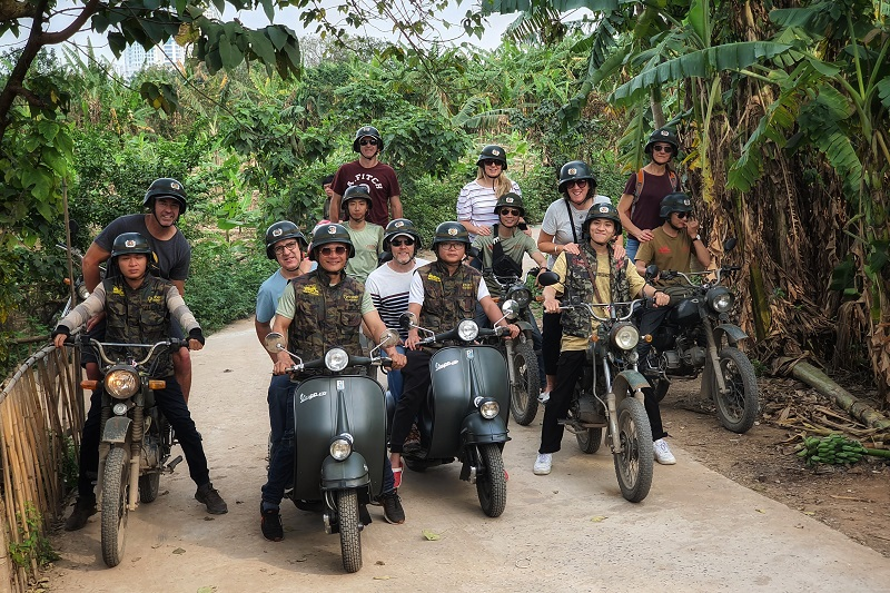 Hanoi Vespa Countryside Tours
