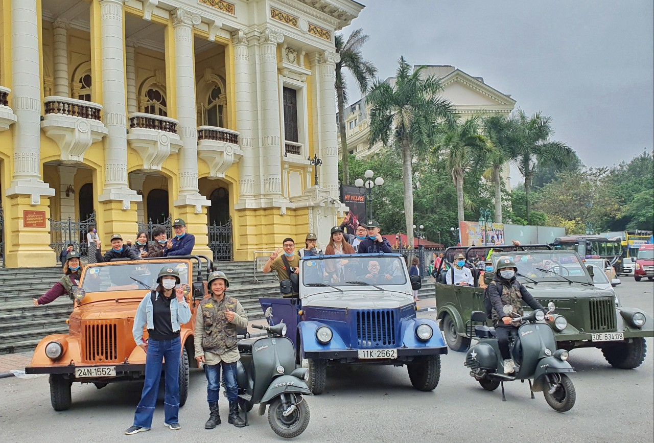 Hanoi Jeep Tours – Hanoi Jeep Tours Countryside – ANTIQUE Soviet Era Gaz69 Jeep & USA Jeep – Vietnam Jeep Tours – Best Jeep Tours in Vietnam – EXOTIC FOOD & REAL CULTURE Jeep Tours in and around Hanoi. Hanoi Backstreet Tours.